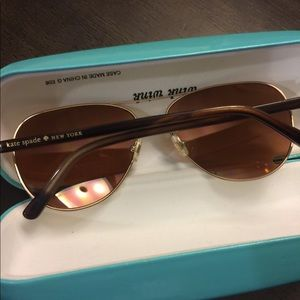 Kate Spade ♠️ mirrored sunglasses with case